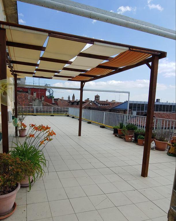 terrazzo solarium